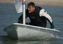 Ken Potts takes his Laser into first place in the Autumn Series